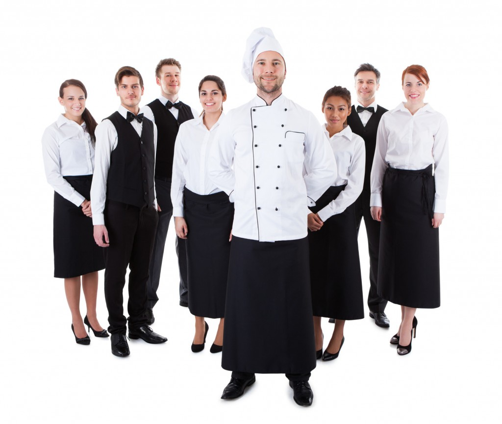 photodune-7246314-chef-standing-in-front-of-his-team-m-1024x865